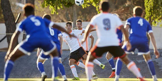 26-08-2016, VCF Juvenil A v Amistoso. Ciudad Deportiva VCF, Paterna