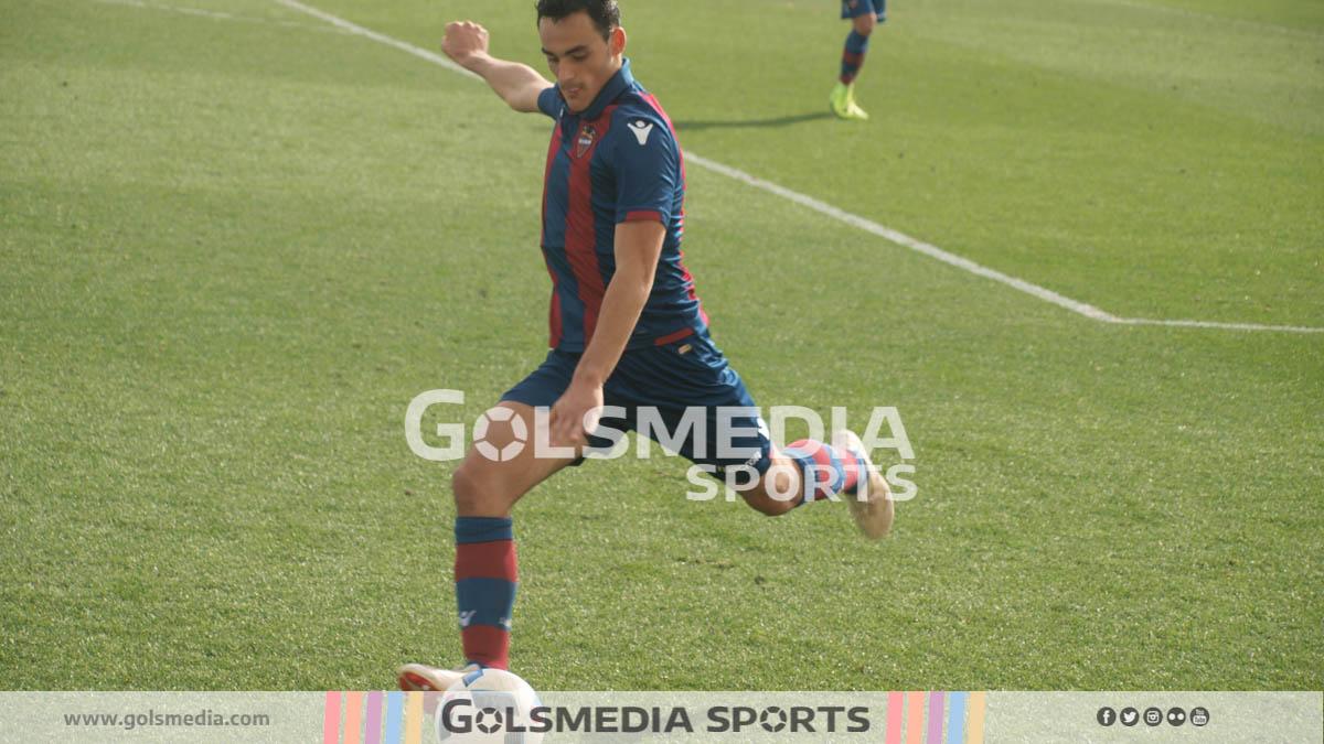 Jugador del Levante División de Honor frente al Villarreal