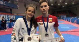 Cheyenne Brito y Hugo Arillo Open Júnior Taekwondo Bulgaria