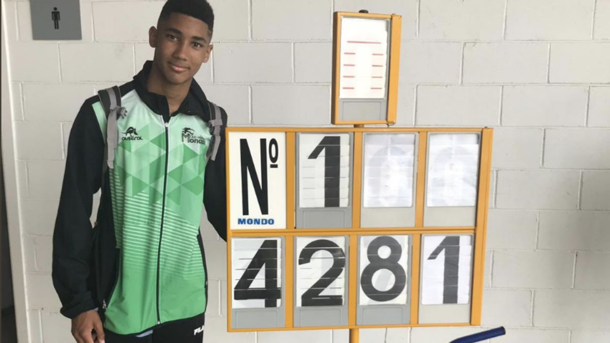 Tayb David Loub récord España Sub-16 exatlón