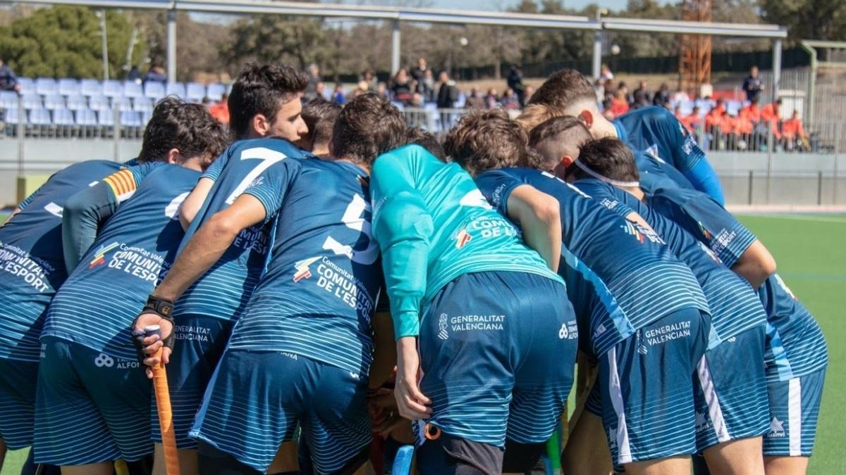 Integrantes de la selección valenciana sub-16 en un partido del Campeonato de España