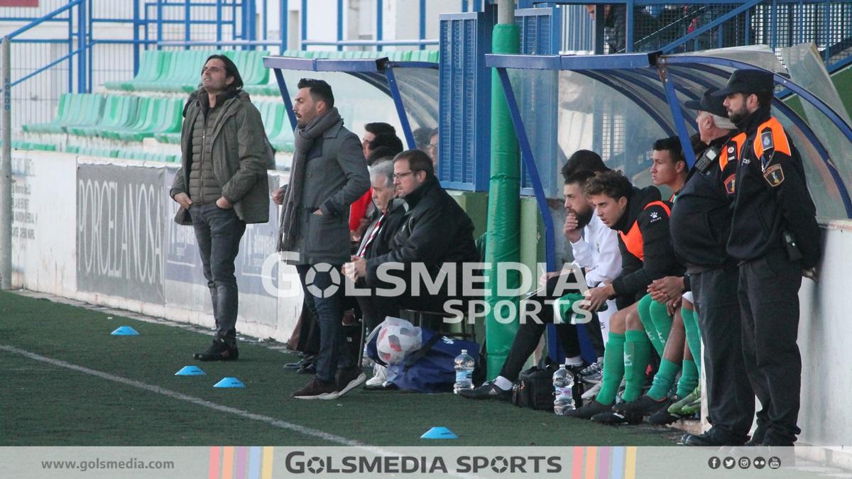 Abel Buades entrenador CD Acero