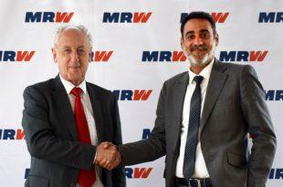 Firma Maratón Valencia y MRW