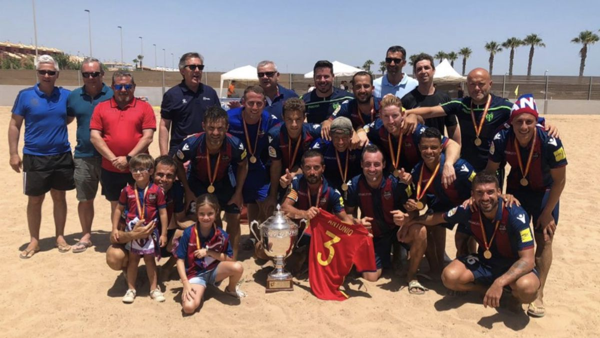 Levante campeón Liga Fútbol Playa
