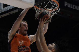 Tryggvi Hlinason Valencia Basket