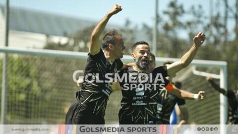 Jugadores-Intercity-celebración-Paco-Peña-Chupe
