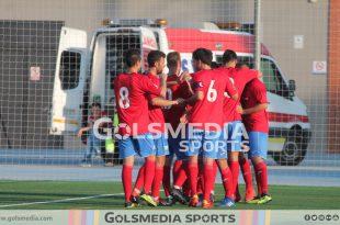 Atletico saguntino celebra gol