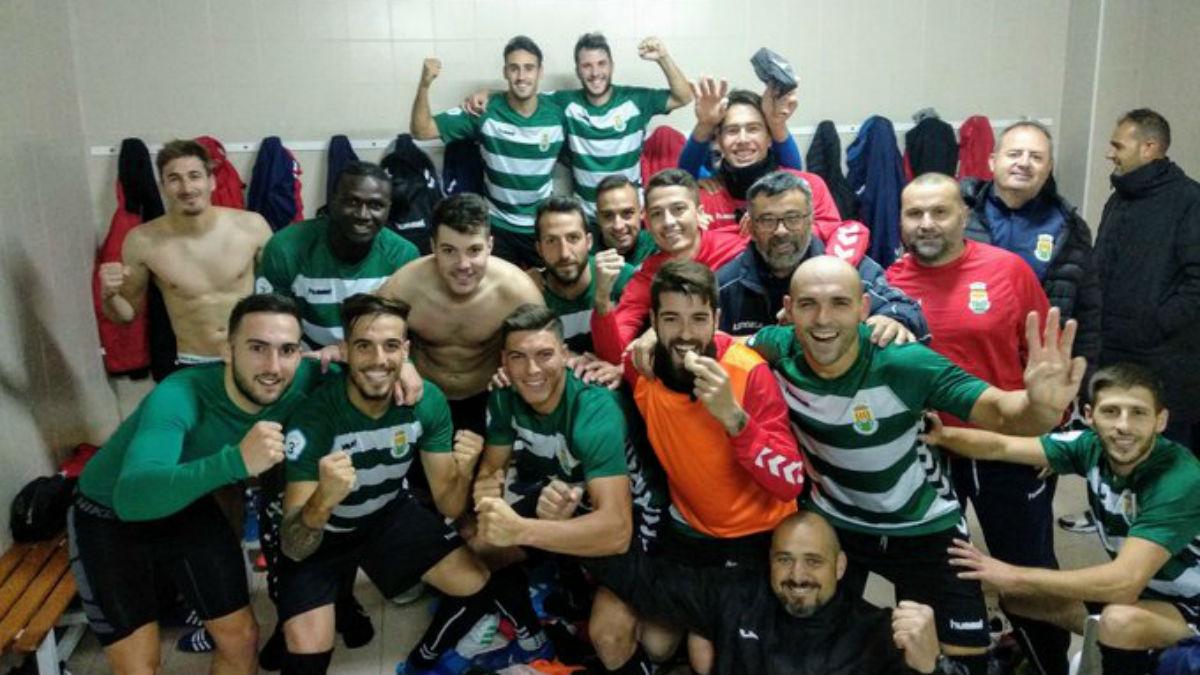 El FC Jove Español se lleva la victoria en Benigànim gracias a una segunda parte perfecta - Golsmedia Sports