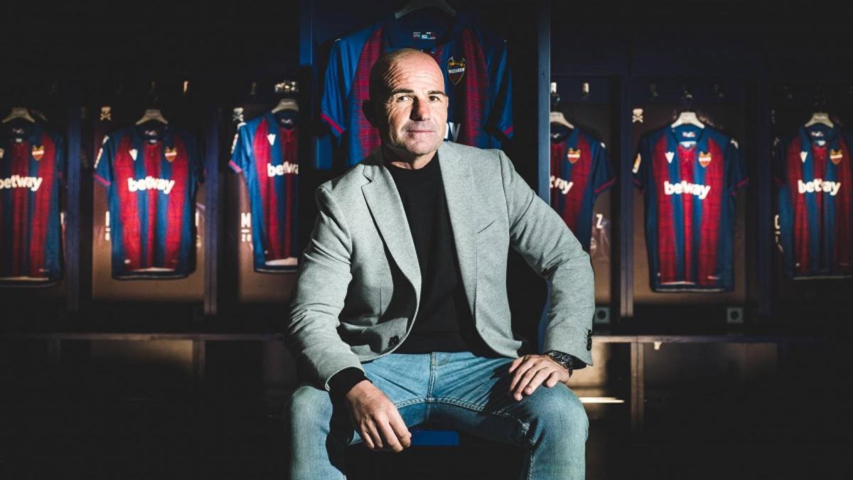 Paco López Levante UD
