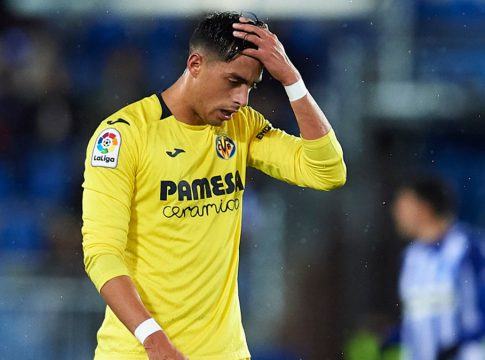 Deportivo Alaves v Villarreal CF - La Liga