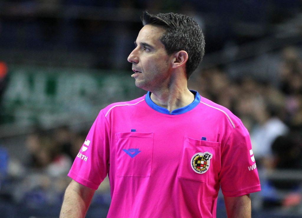 Carlos Rabadan arbitro