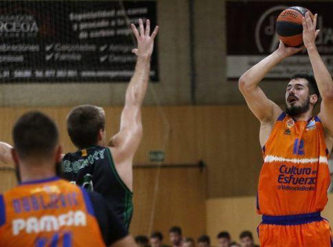 kalinic valencia basket