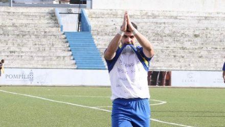 Dani Campos celebrando gol