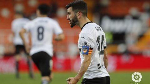 Gayà celebra el gol del Valencia CF