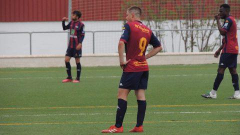 Jugadores Extremadura pensativos