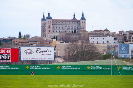Estadio Salto del Caballo junto a El Alcázar. CD Toledo