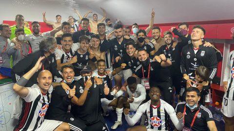 Celebración jugadores CD Badajoz Play Offs