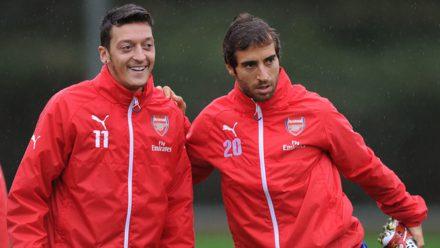 Flamini y Ozil Arsenal