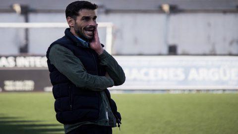 Annuziata, entrenador del Caudal Deportivo