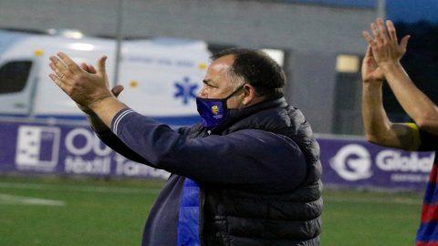 Oriol Alsina, técnico de la UE Llagostera