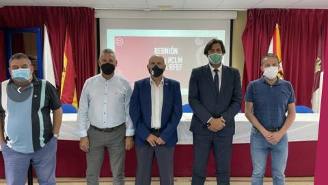 Presidentes de Socuéllamos, Marchamalo, Puertollano y Toledo junto a Burillo. FFCLM