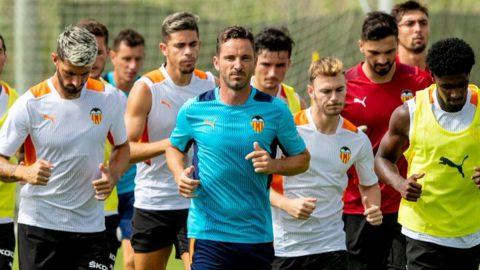 Edu Albacar entrenando Valencia CF