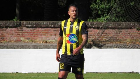 Borja Lázaro jugador CD Cayón