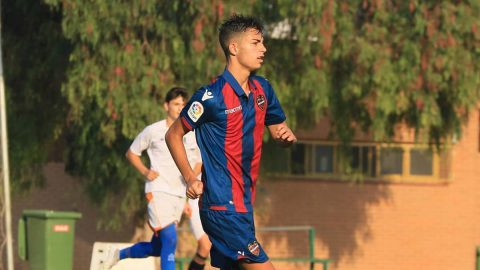 Marcos Cano Levante UD