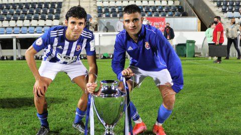 Jugadores RS Gimnéstica celebran Copa RFEF