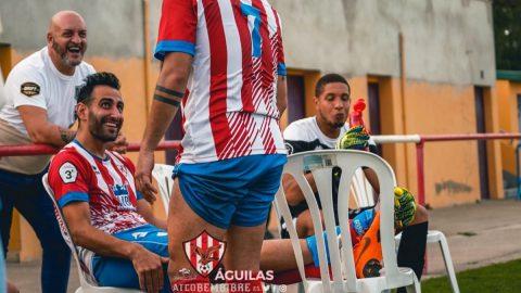 Rober Puente celebra su gol