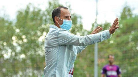 Isidro Díaz da indicaciones jugadores